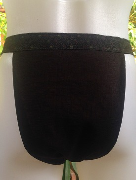 linen_in_black03_05